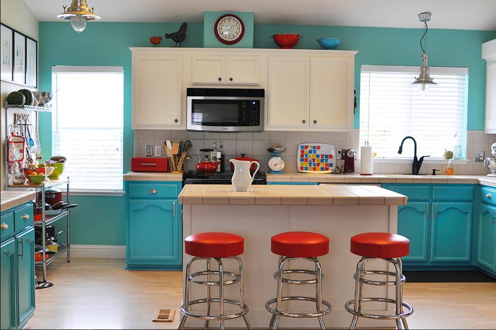 dapur warna-warni