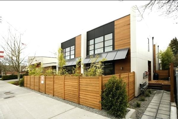 pagar rumah kayu minimalis