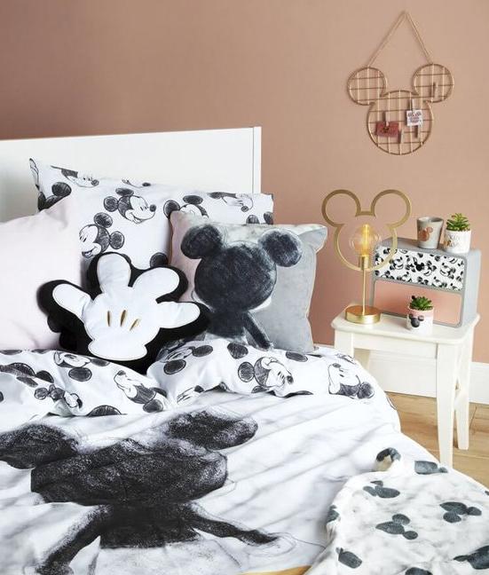 Desain Kamar Anak Perempuan Tema Disney Blog Qhomemart