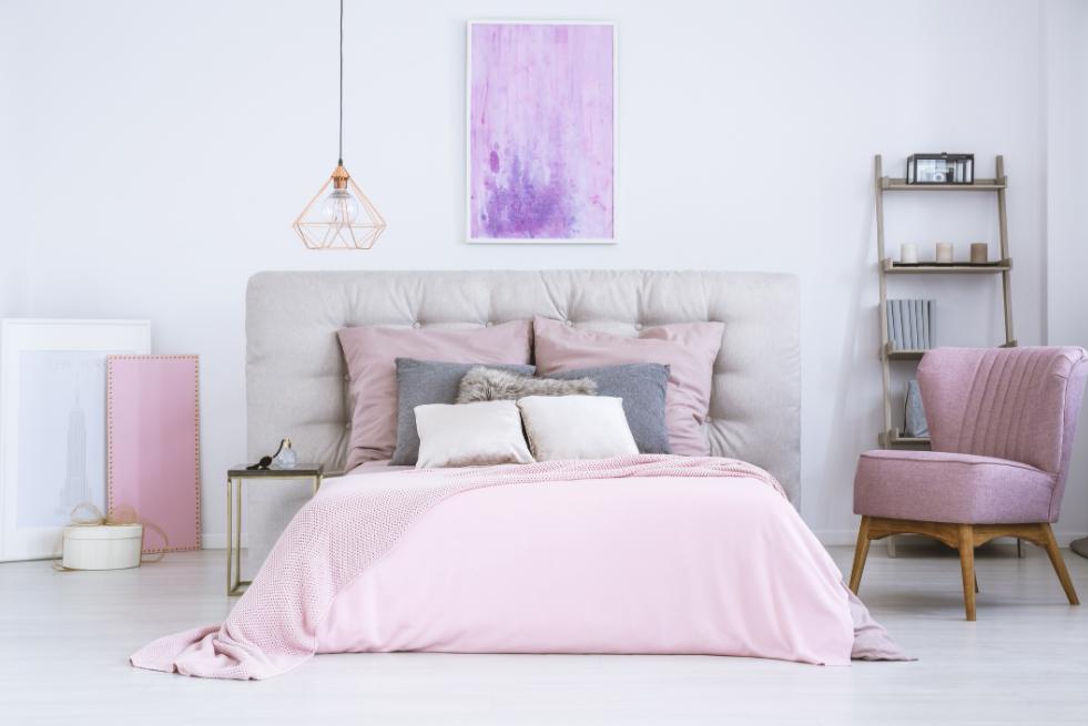 kamar tidur pink