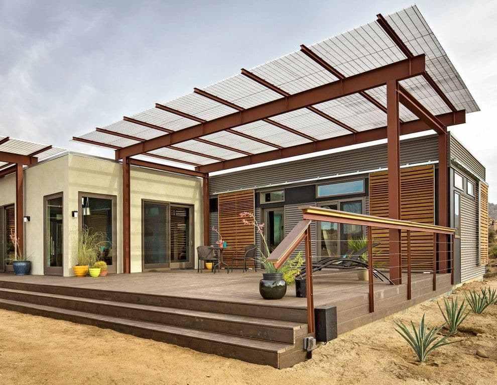 teras rumah atap transparan