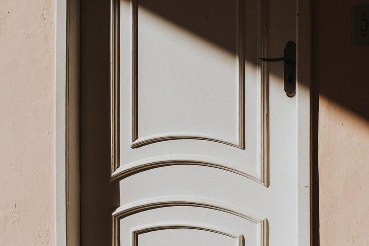 jenis pintu rumah